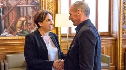 Colau y Varoufakis, durante su encuentro
