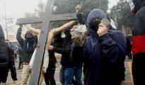 Los ataques contra los católicos crecen en todo el mundo.