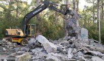 Demolición del monumento a Franco en Las Raíces