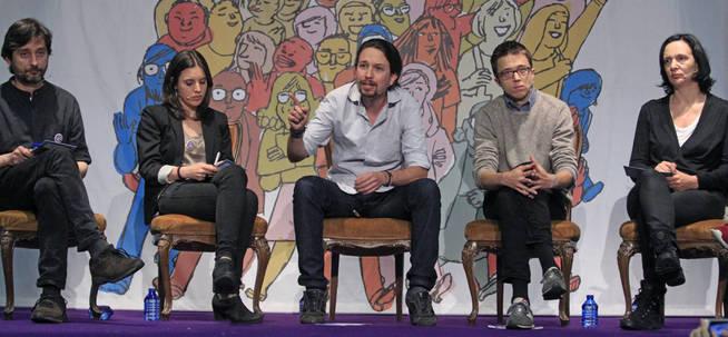 Líderes de Podemos durante una nueva edición de 'El Congreso en tu plaza' en Vallecas.
