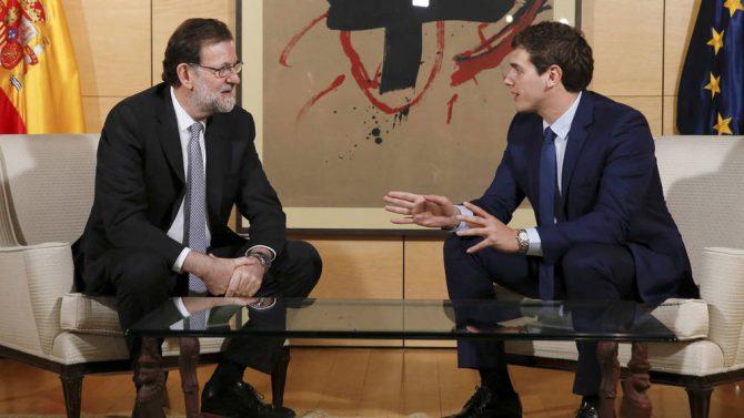 Reunión exploratoria de Mariano Rajoy y Albert Rivera en febrero pasado.