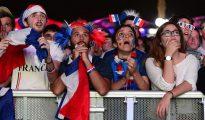 Aficionados franceses durante la final de la Eurocopa en la que Francia perdió ante Portugal.