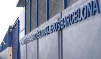 Imagen del Centro de Internamiento de Extranjeros (CIE) de la Zona Franca después de que el Ayuntamiento de Barcelona haya ordenado el cierre del mismo porque no tiene licencia de actividad.