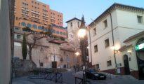 A la derecha de la imagen, el centro de menores Ganivet de Granada.