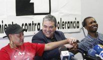 Esteban Ibarra, en el centro de la imagen.