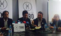 Juan Diego, José Miguel Soriano, Carlos Núñez y Vicente Conde, durante la rueda de prensa en el despacho Cremades & Calvo Sotelo