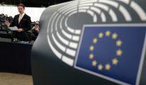 El vicepresidente de la Comisión Europea, Jyrki Katainen, durante un debate en el Ejecutivo Europeo, el 8 de junio de 2016 en el Parlamento Europeo, en Estrasburgo