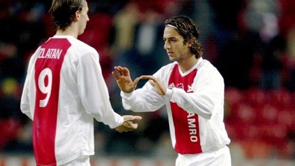 Zlatan Ibrahimovic junto a Mido en el Ajax
