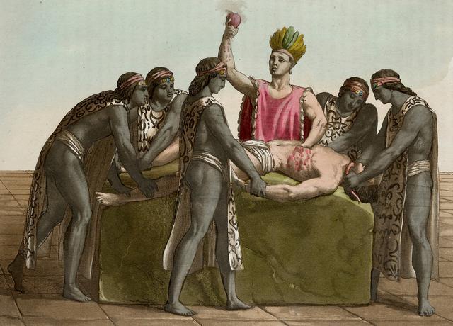 Los Incas realizaban también sacrificios humanos. Generalmente se sacrificaban prisioneros, pero también a niños que eran criados especialmente para este fin, ya que un chico sano era lo más puro que se podía ofrecer a los dioses.