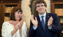 Francina Armengol, junto a Carles Puigdemont.