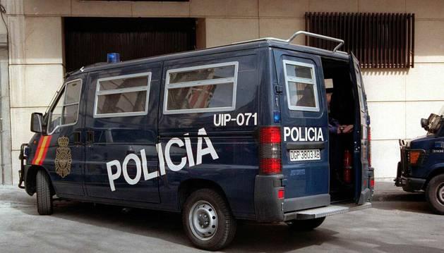 Un furgón de la Policía