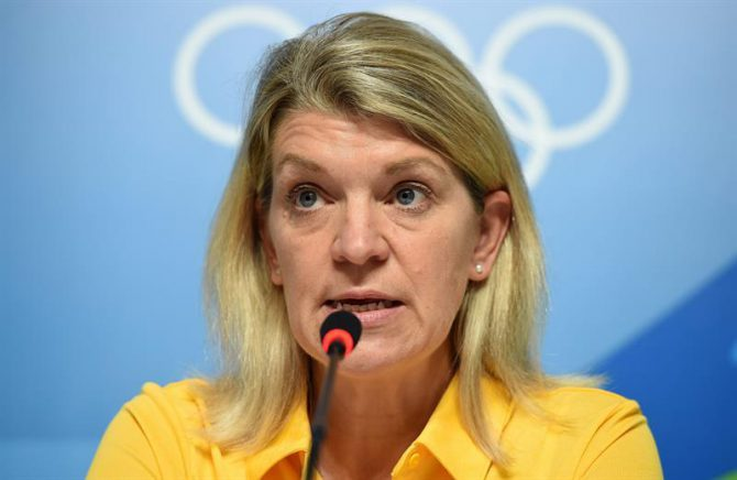 Imagen de archivo de la jefe de la misión olímpica australiana Kitty Chiller durante una rueda de prensa del Comité Olímpico de Australia en el Centro Principal de Prensa de los Juegos Olímpicos en Río de Janeiro (Brasil).
