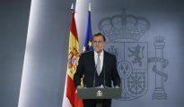 El presidente del Gobierno en funciones, Mariano Rajoy, durante la rueda de prensa ofrecida tras ser recibido por Felipe VI.