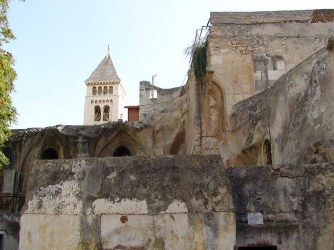 Ver fotos Imagen del techo de la Basílica del Santo Sepulcro.