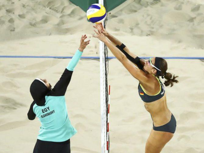 El partido de voley playa femenino en Río, 2016. Alemania – Egipto