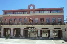 Ayuntamiento de Alcanar (Tarragona), donde fue concejal el fallecido.