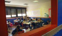 Varios niños en una de las clases del CEIP Josep Tarradellas de Madrid, en su primer día de colegio el pasado año.