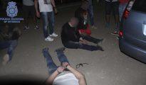 Fotografía facilitada por la Policía Nacional cuya Unidad de Delincuencia y Crimen Organizado (UDYCO) en La Rioja y La Coruña han detenido a siete personas como presuntos autores de un robo de droga a traficantes magrebíes.