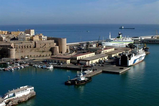 Vista de la Ciudad Vieja y el Puerto Comercial.