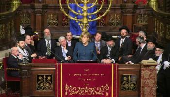 La sionista Angela Merkel.