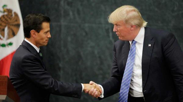 El presidente mexicano, Enrique Peña Nieto, y el candidato a la presidencia de Estados Unidos, Donald Trump.