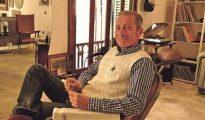 El peluquero holandés Bob Van den Hoek, en su salón de Palma.