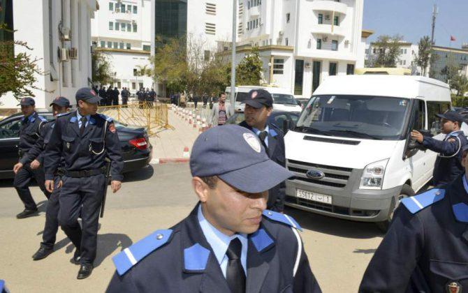 Policías marroquíes.