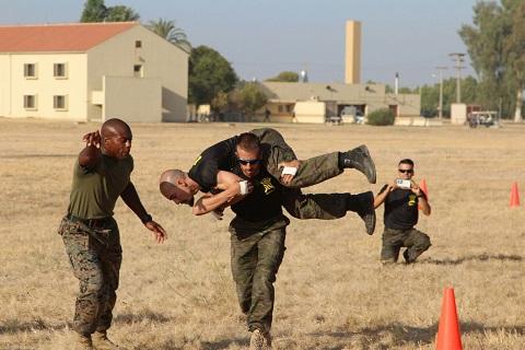 La UME encabezó la clasificación durante buena parte de la mañana, realizando marcas e incluso superando el record histórico de los marines en pruebas como el transporte de heridos