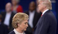 Clinton y Trump durante uno de los debates.