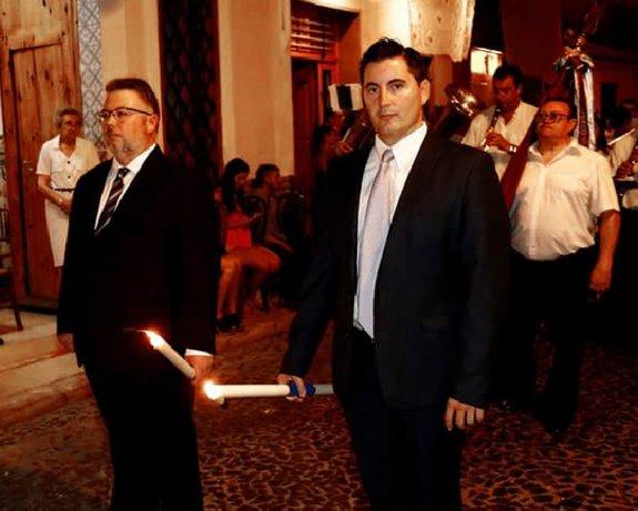 Concejales del PP y Ciudadanos, durante la procesión.