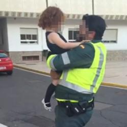 """Un guardia civil tuvo que leer como a su hija de tres años le deseaban que """"reventara""""."""