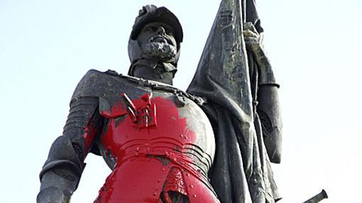 Estatua de Hernán Cortés en Medellín (Badajoz)