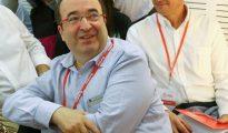 En la imagen, el líder del PSC, Miquel Iceta, en la reunión en la que el PSOE acordó abstenerse a un gobierno de Rajoy el 23 de octubre.