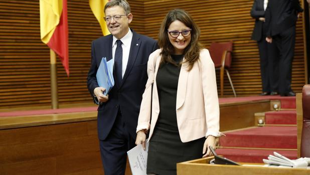 Imagen de Mónica Oltra y Ximo Puig tomada este jueves en las Cortes Valencianas