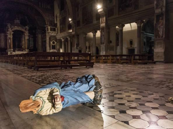 La imagen decapitada de Santa Práxedes.