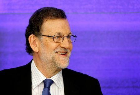 Imagen de archivo del presidente en funciones Mariano Rajoy durante una reunión del comité ejecutivo en la sede de su partido el día después de las elecciones generales del 27 de junio de 2016.