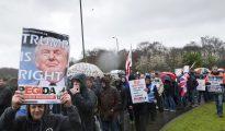 Patriotas europeos manifiestan su apoyo a Trump.
