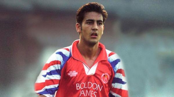 Andy Woodward fue el primer futbolista en denunciar las violaciones