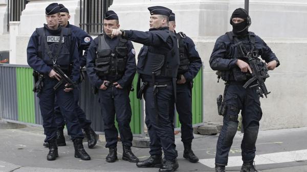 Las autoridades franceas continúan realizando operativos y de inteligencia para desbaratar redes terroristas y evitar atentados