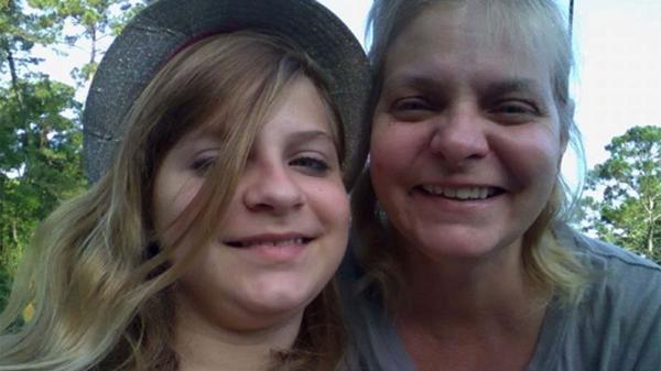 """Harper y Melissa Kurtz: """"Mi hija tiene un magnetismo, y quizá los espíritus se ven atraídos por ella"""""""