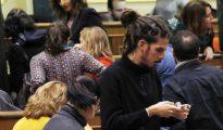 Los diputados de Unidos Podemos abandonan el hemiciclo momentos antes del minuto de silencio