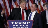 Donald Trump junto a Reince Priebus
