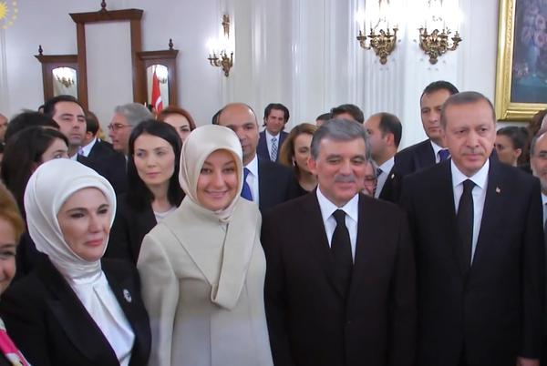 El expresidente turco Abdulá Gul y su mujer, Hayrunnisa, se casaron cuando él tenía 30 años y ella 15. En la imagen, durante una recepción celebrada en agosto de 2014.