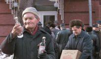 El consumo de alhocol no apto para el consumo se dispara en Rusia durante la Navidad