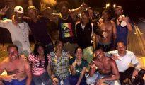 El grupo de los primeros balseros que llegaron a EEUU dos días después de la muerte de Fidel Castro