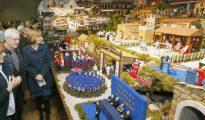 El belén de Valga, en Pontevedra, tiene movimientoy elementos de la actualidad