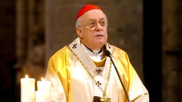 El cardenal belga Godfried Danneels. Su biografía incluye la versión bomba de una conspiración para desplazar a Benedicto XVI y remplazarlo por Francisco.