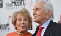 Kirk Douglas y su esposa Anne