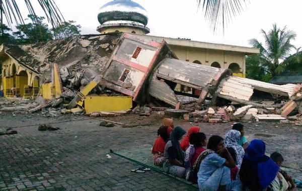 Una mezquita destruida en Pidie Jaya