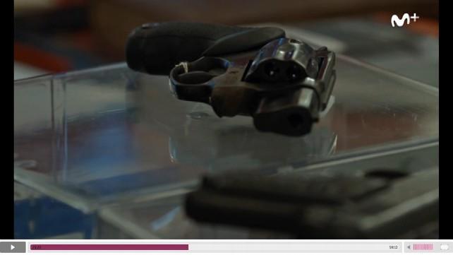 El revolver usado para asesinar a Isabel Carrasco en un momento del juicio.